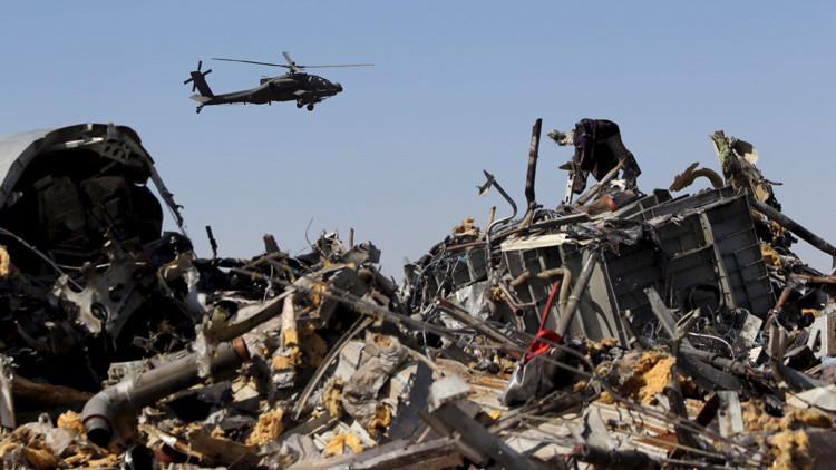 Los restos del avión ruso Airbus A321 accidentado en Egipto.