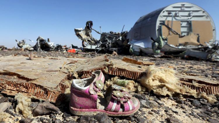 Oficial: El Airbus ruso se destruyó a una gran altura sobre el Sinaí