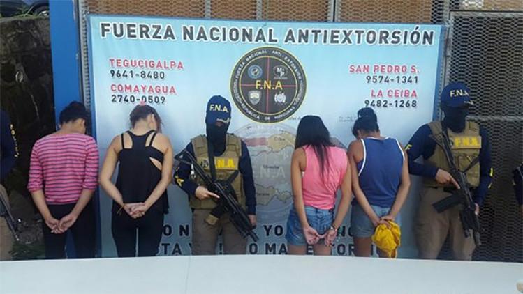Las maras de Honduras reclutan a niñas para cobrar extorsiones