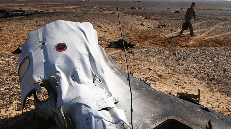 """Compañía aérea del avión siniestrado en Egipto: """"La catástrofe fue causada por un factor externo"""""""