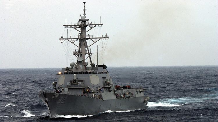 El destructor estadounidense Lassen en el Mar de la China Meridional