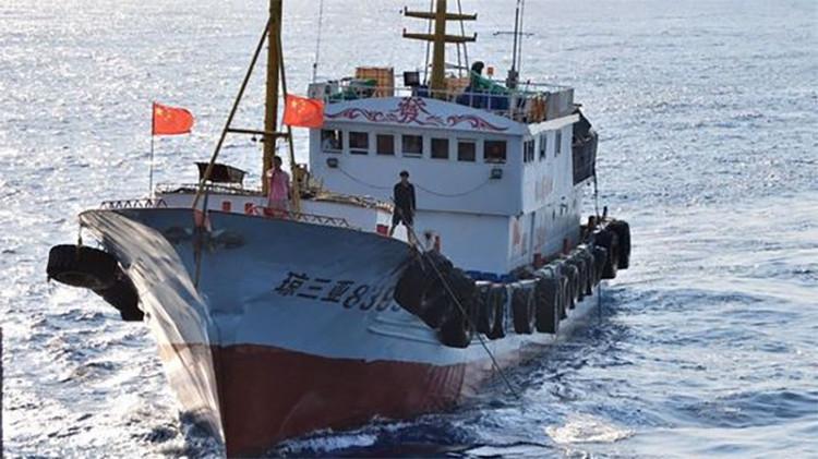 """""""Hombrecillos azules"""" desafían a la Armada de EE.UU. en el mar de la China Meridional"""