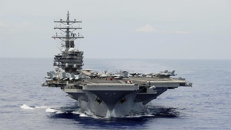 El portaaviones Ronald Reagan durante las maniobras 'Rim of the Pacific Exercise 2014'