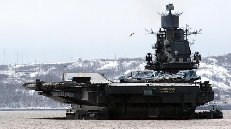 El portaviones ruso Admiral Kuznetsov exhibe sus capacidades antiaéreas en el mar de Barents