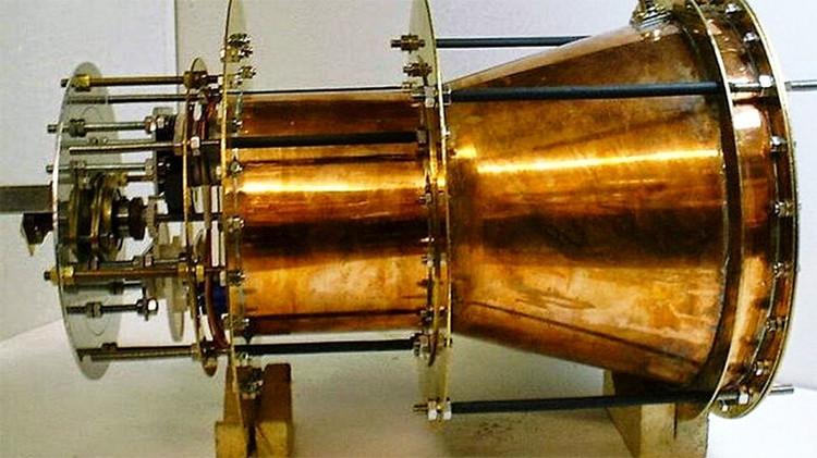 """¿Funciona el propulsor sin combustible? La NASA halla un """"impulso anómalo"""" en el 'motor imposible'"""