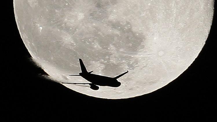 Aviones británicos 'de rescate' que se dirigían a Egipto cambian de rumbo repentinamente en Grecia