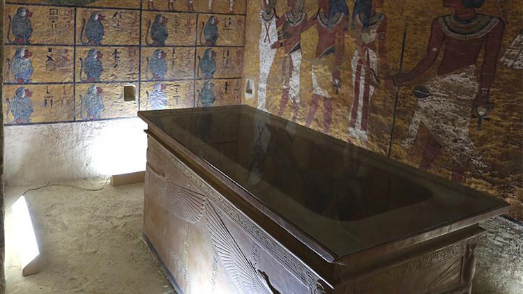 La arqueólogía se frota las manos: ¿Una cámara oculta en la tumba de Tutankamón?