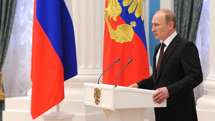 Putin firma el decreto que prohíbe los vuelos desde Rusia a Egipto
