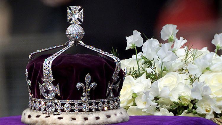 La corona ceremonial de la Reina Madre.