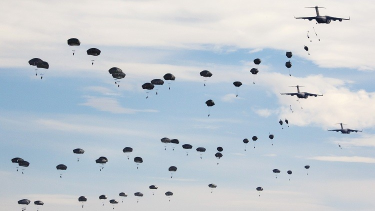 """EE.UU. enviará más tropas hacia las fronteras rusas """"en los próximos dos meses"""""""