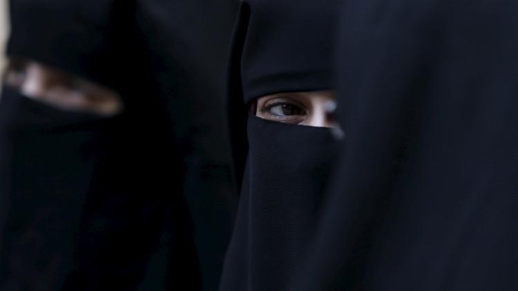 Detienen a un supuesto terrorista turco vestido con burka y su justificación sorprende a todos