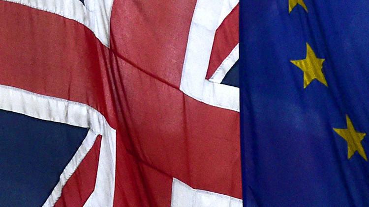 Banderas de la UE y del Reino Unido en Londres