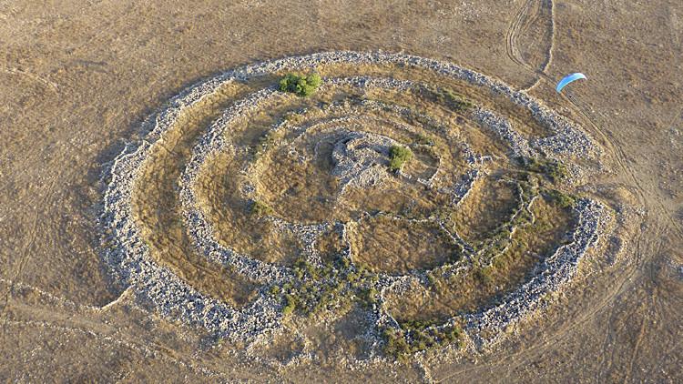 El 'nuevo Stonehenge' de los Altos del Golán despierta muchas preguntas