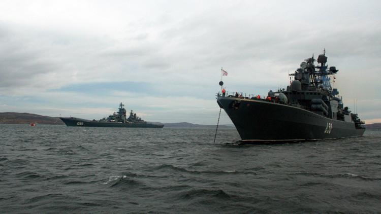 Fuego en el Ártico: Buques rusos prueban su artillería en el mar de Bárents