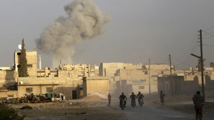 Más lejos, más rápido, igualmente letal: Rusia bombardea al EI en ocho provincias sirias a la vez
