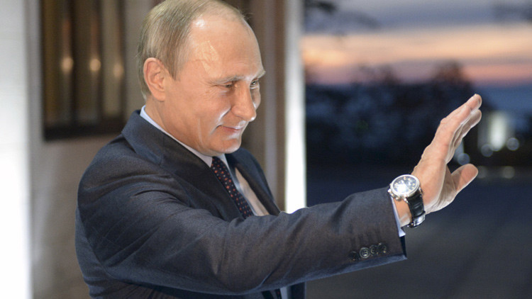 """Dolorosamente evidente"": Putin supera a la máquina de propaganda de EE.UU. a cada paso"