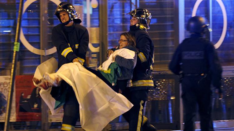 Caos en París: Reportan al menos 100 rehenes en el teatro Bataclan