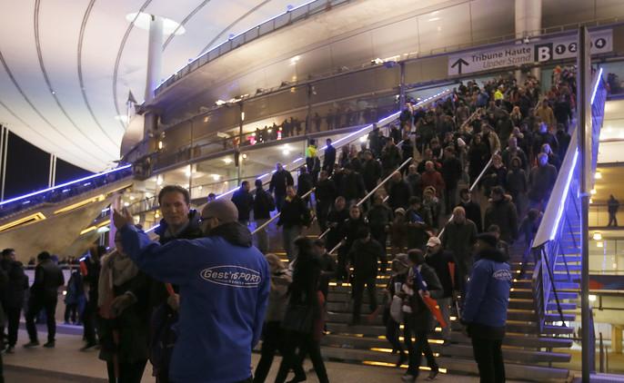 Una de las explosiones en el Estadio de Francia fue obra de un suicida