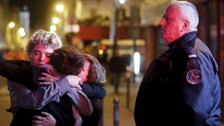 'Paz para París': una imagen simbólica que conmemora la tragedia en Francia se vuelve viral
