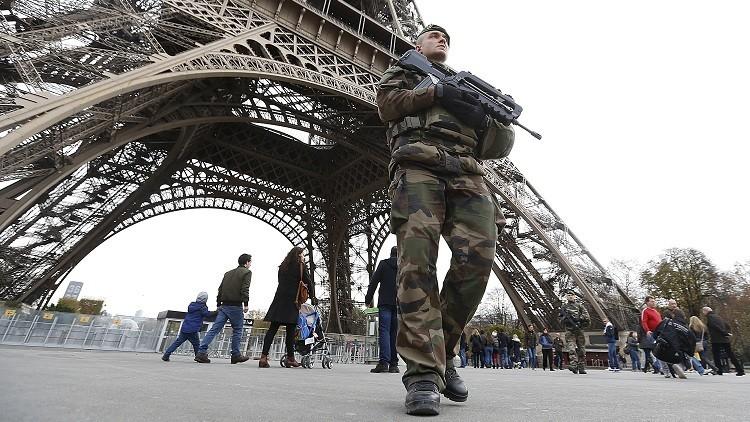 """Stratfor: """"Francia podría enviar tropas terrestres a Siria tras los atentados en París"""""""