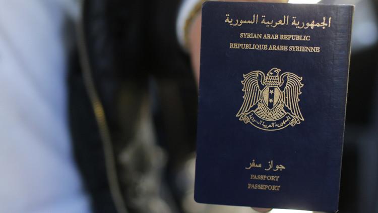 Pasaporte sirio encontrado en la escena del ataque en París pertenece a un solicitante de asilo