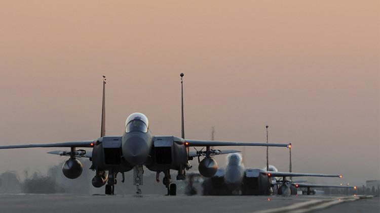 EE.UU. ataca por primera vez un convoy del EI con petróleo de contrabando