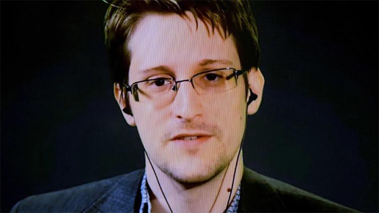 """""""Sangre en sus manos"""": La CIA culpa de los atentados en París a las revelaciones de Snowden"""