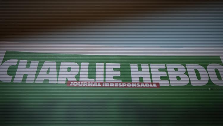 'Charlie Hebdo' se vuelve a burlar de los atentados de París con una segunda caricatura