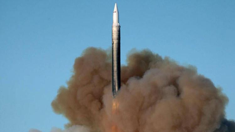 Reemplazando a 'Satán': Un temible misil intercontinental ruso estará operativo en 2016