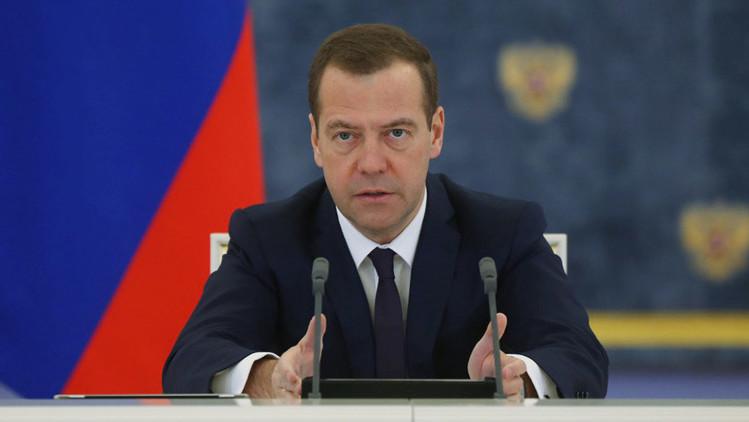 """Primer ministro ruso: """"El Estado Islámico declaró la guerra contra el mundo civilizado"""""""