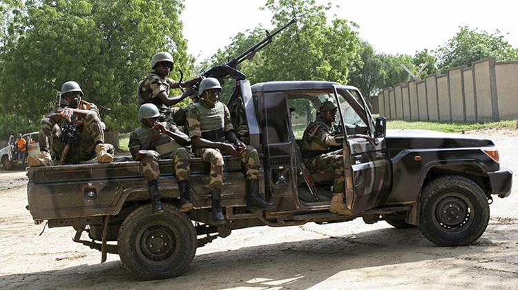 Soldados custodian una cumbre anti-Boko Haram en Diffa, Níger