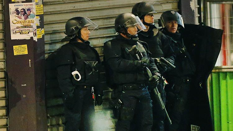 Primeras imágenes: Tiroteo durante el operativo contra el organizador de los atentados de París