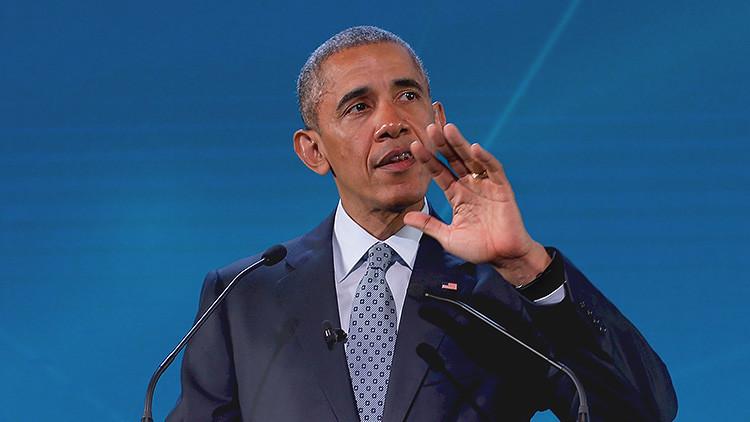 El presidente de EE.UU., Barack Obama, pronuncia un discurso en la cumbre de la APEC en Manila, Filipinas, el 18 de noviembre de 2015