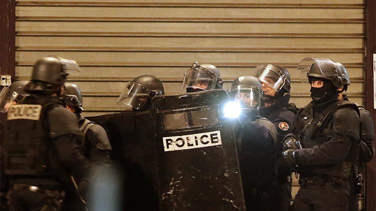 Video: momento del arresto de dos sospechosos durante el operativo de Saint-Denis