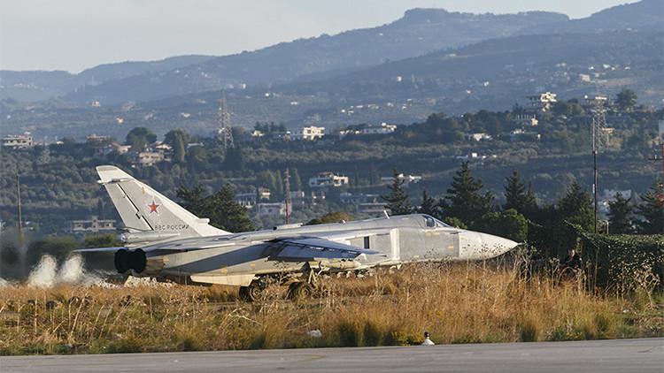Bombardero ruso Su-24 en su base en Siria