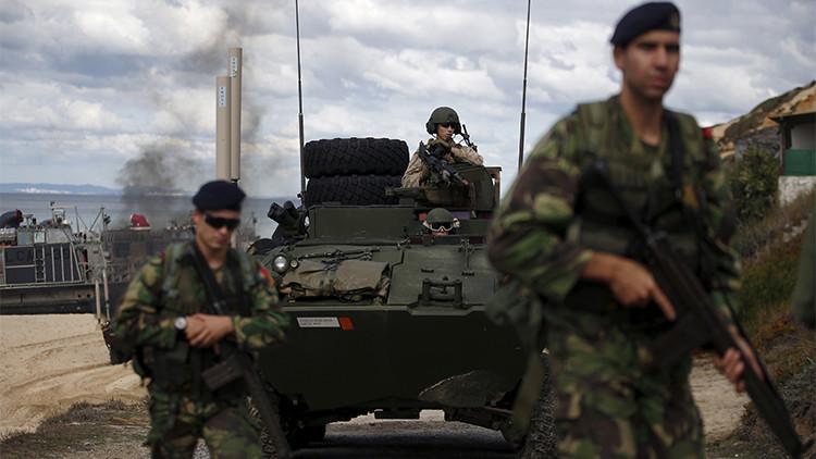 Soldados participan en un ejercicio militar de la OTAN en Portugal, el 20 de octubre 2015