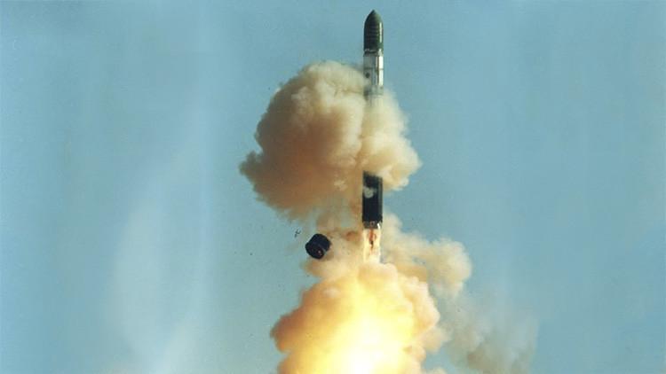 Lanzamiento del  misil Voevoda