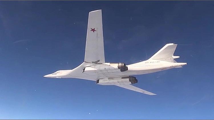 Los ataques aéreos masivos de Rusia destruyen completamente el cuartel general del EI en Homs