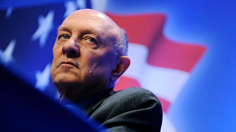 """Exdirector de la CIA: """"Snowden merece ser ahorcado por los atentados de París"""""""