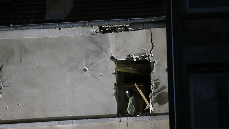 Audio: Difunden las últimas palabras de la suicida con los policías antes de inmolarse en París