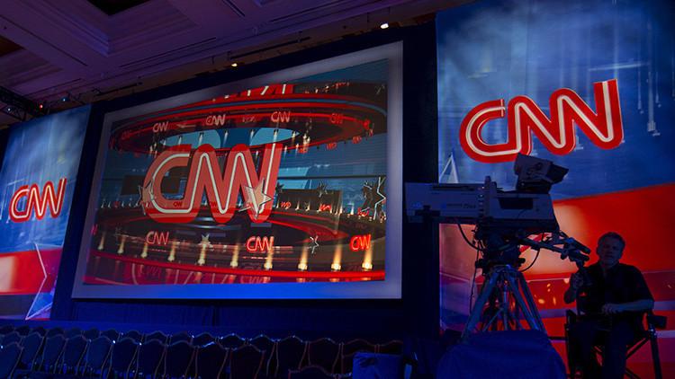 La CNN suspende a una corresponsal por manifestar en Twitter su apoyo a los refugiados sirios