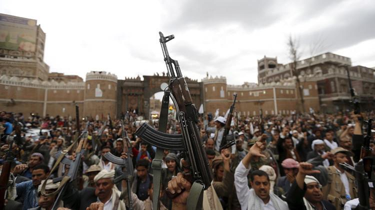 """""""Arma icono"""": ¿Por qué el AK-47 es el fusil más popular entre los terroristas alrededor del mundo?"""