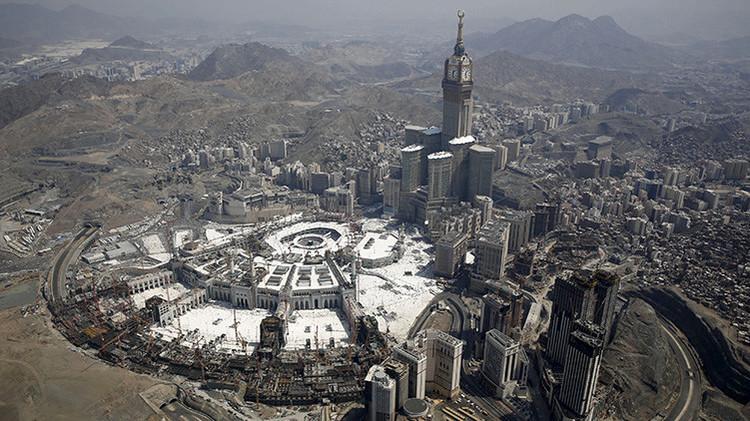 """Columnista estadounidense: """"EE.UU. debería bombardear La Meca y borrarla de la faz de la Tierra"""""""