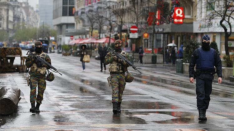 """Bélgica mantiene la alerta máxima: """"Lo que tememos es un ataque similar al de París"""""""