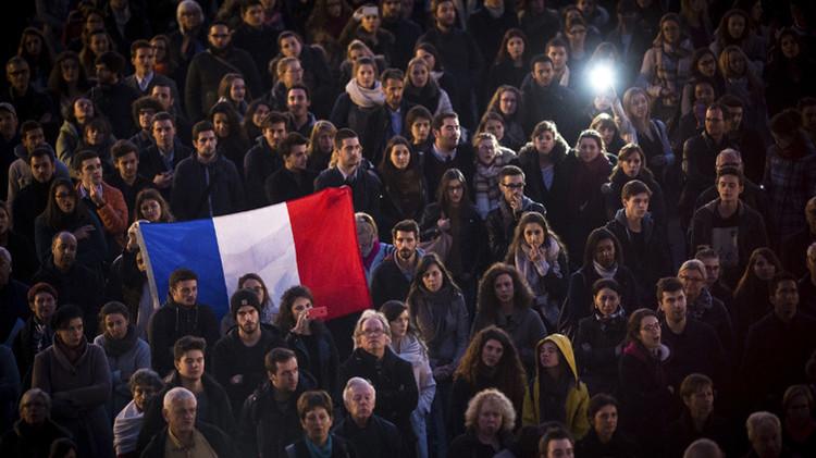 """""""Los atentados en París cambiarán el equilibrio de fuerzas entre Rusia, Europa y EE.UU."""""""