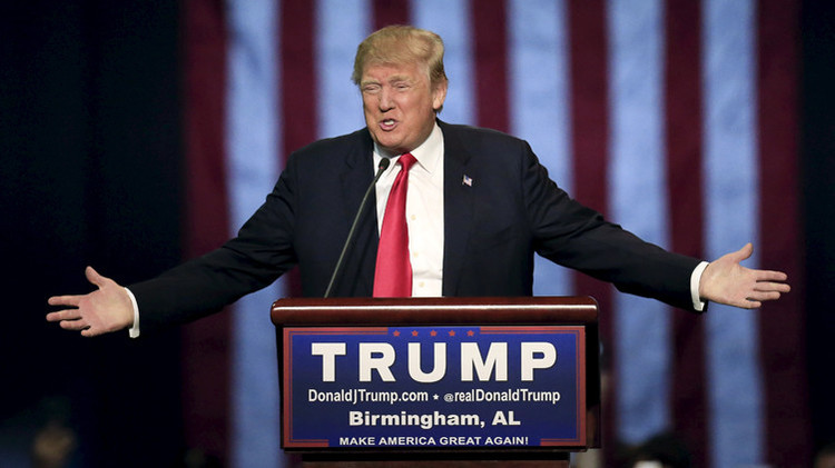 El precandidato del partido republicano a la presidencia Donald Trump