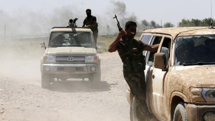 """Carrera mortal: el Estado Islámico y Al Qaeda compiten por el """"liderazgo de la yihad"""""""