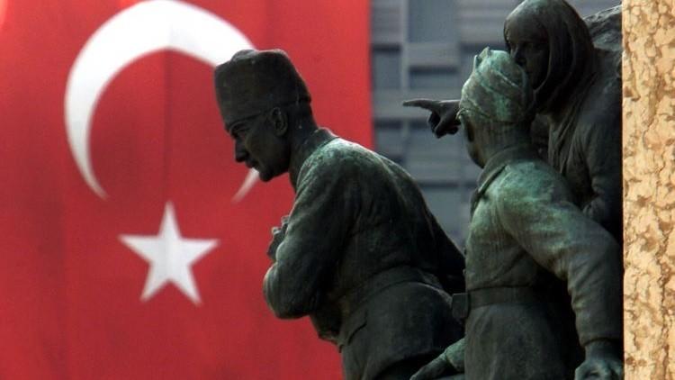 Turquía se margina internacionalmente con el derribo del Su-24 ruso