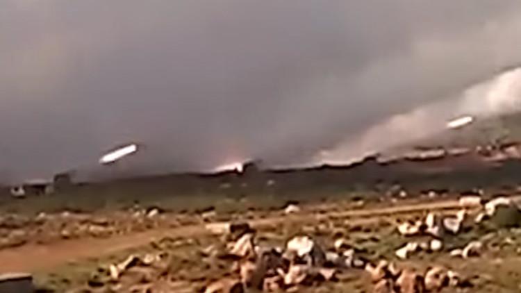 Rusia publica el primer video de sus bombardeos en el lugar del derribo del Su-24