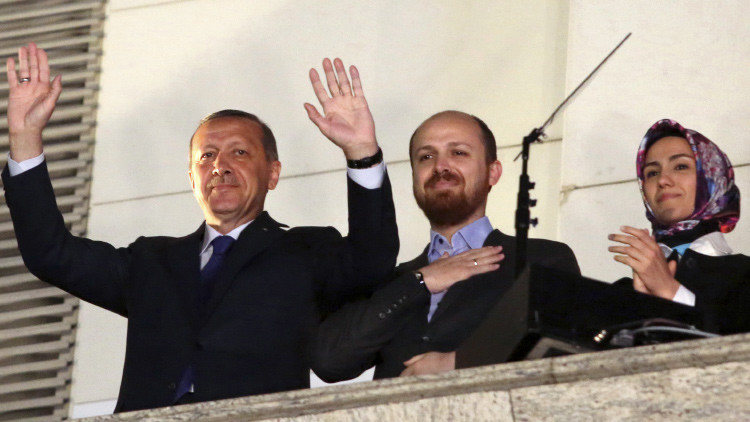 Bilal Erdogan, el hijo del presidente turco involucrado en negocio petrolero con el Estado Islámico